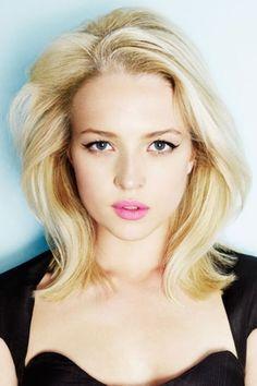 1b3e301e7a18a Best Medium Length Haircut 29.jpg (700×1050) Cute Blonde Hair