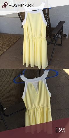 Jack Yellow/White Dress Worn a few times, but still ADORABLE (not actually Lily) Lilly Pulitzer Dresses Midi