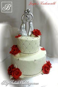 Jaya Kochhar red and white wedding cake