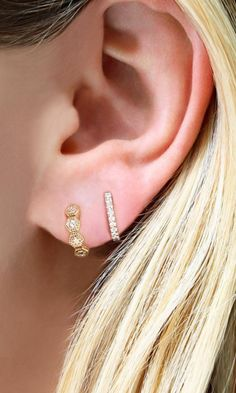 So easy & versatile! We love layering our diamond huggies, which one's are your favorite? #huggies #earrings #gold #diamonds