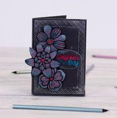 Spectrum Noir Colorista Dark #Crafting #Hobbies #Arts #Hochanda #Crafts #Hobby #Art #lifestyle #marker #CraftersCompanion #Colouring #Noir #Stamps #Creative - www.hochanda.com/ Art And Hobby, Colorista, Spectrum Noir, Crafters Companion, Colouring, Pens, Markers, Craft Supplies, Stamps