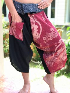 Excited to share this item from my shop: Samurai Pants Harem pants have fisherman pants style wrap around waist Yoga Pants Outfit, Harem Pants, Samurai Pants, Summer Outfits, Casual Outfits, Long Maxi Skirts, Fashion Pants, Men's Fashion, Cotton Skirt
