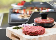 LD Picks: How to Host a Foolproof Barbecue, with these awesome gadgets – London Drugs Blog #bbq #bbqsauce #partyplanning