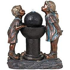Deux Amis Boy and Girl at Drinking LED Fountain