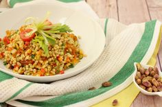 Wheat Berries with Pistachios and Dried Apricots. Refreshing and nutiritious wheat berries give you energy for your afternoon at work!