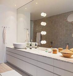 """25 gilla-markeringar, 2 kommentarer - Badrumsdrömmar (@badrumsdrommar) på Instagram: """"#TBT till Filippa K:s badrum - ritat av arkitekterna Björn och Marianne Aaro för hennes räkning när…"""""""