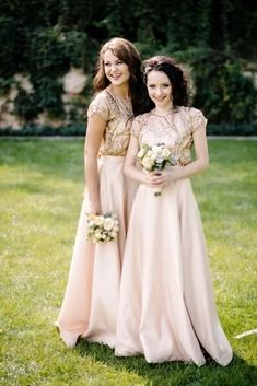 Two Piece Bridesmaid Dresses When is a dress not really a dress? When it is two separates that form the look of one dress. Two piece styles are often more flattering than a one piece dress, and the… Funny Pictures For Kids, Funny Pictures With Captions, Wedding Bridesmaids, Funny Bridesmaids, Bridesmaid Ideas, Two Piece Bridesmaid Dresses, Wedding Dresses, Walk Behind, Wedding Videos