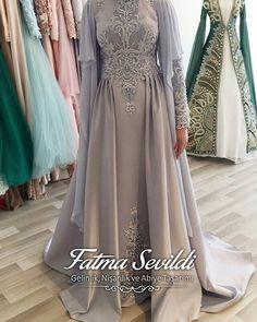 Arab Fashion, Muslim Fashion, Fashion History, Modest Fashion, Fashion Dresses, Elegant Dresses, Pretty Dresses, Latest Dress Design, Hijab Dress Party