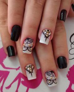 #preto #joinha #perfeita #nati #viciadasemesmaltes #unhasdecoradas #viciadas_nails #unhasdasemana #unhas #unhastop #unhaslindas… Nail Arts, Pedicure, Nail Colors, Nail Art Designs, Make Up, Tattoos, Nails, Pretty, Pretty Nails
