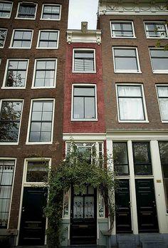 1928 krotwoningen mannen bij trap in vervallen huis in amsterdam amsterdam netherlands 1900 - Basket thuis van de wereld ...