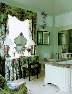 chintz skirted dressing table in Nicky Haslam bath. And on another note, I think the cozy pet theme our favorite. Maybe we need a cute pet group board. Dressing Table Vanity, Vintage Dressing Tables, Vanity Tables, Dressing Rooms, Dressing Area, Nicky Haslam, English Decor, English Interior, Vintage Vanity