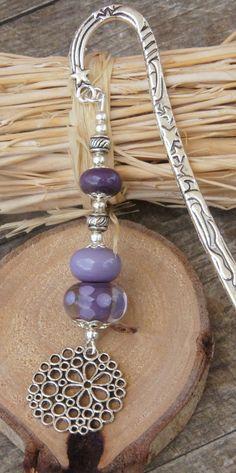 RESERVE marque page avec perle verre file au chalumeau VIOLET MAUVE argenté : Marque-pages par liloo-creations