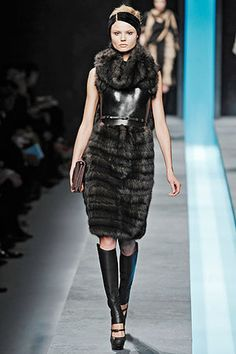 fendi-fall-2009-fur-dress-