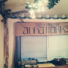 Lord of the Rings party decor