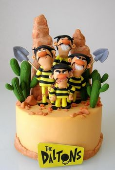 The Daltons (Lucky Luke) characters cake toppers step by step Dalton Lucky Luke, Cake Original, First Communion Cakes, Foundant, Paris Cakes, Cupcake Cakes, Cupcakes, Harry Potter Cake, Book Cakes