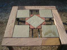 tavolo in pietra arenaria & calcare www.pulchria.it