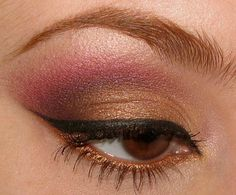 I want to learn how to put on eye liner like this..