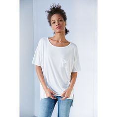 Silence + Noise Freya Pocket Tee (51 CAD) ❤ liked on Polyvore featuring tops, t-shirts, pocket t shirts, pocket tee, white tee, white top and white t shirt