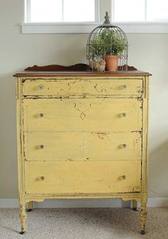 Miss Mustard Seed's Milk Paint: Mustard Seed Yellow Yellow Painted Furniture, Chalk Paint Furniture, Distressed Furniture, Furniture Projects, Diy Furniture, Furniture Cleaning, Furniture Market, Furniture Online, Plywood Furniture
