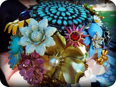 alternate to flower boquets | brooches bouquet as an alternative to flower bouquet
