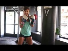 How to Punch, Boxing Basics Boxing Workout With Bag, Boxing Basics, Punching Bag Workout, Army Workout, Boxing Drills, Boxing Boxing, Ab Day, Tactical Training, Float Like A Butterfly