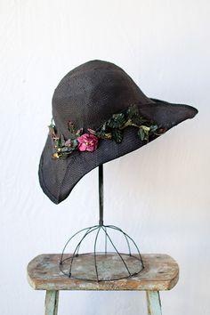 Vintage 1930s style black cloche straw hat
