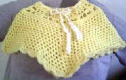 little poncho free crochet pattern.,,has other free patterns also...