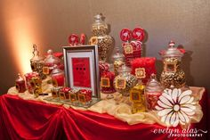 Red and Gold candy buffet for networking event. Quinceanera Decorations, Gold Party Decorations, Quinceanera Ideas, Gold Birthday Party, Sweet 16 Birthday, 16th Birthday, Gold Candy Buffet, Princesse Party, Wedding Candy Table