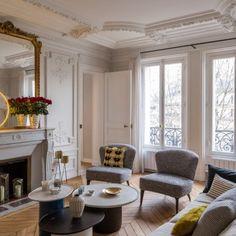 Véronique Cotrel | architecture d'intérieur, projets de décoration, idées déco | Visit and follow livingroomideas.eu for more inspiring images and decor ideas http://amzn.to/2t2oGf1