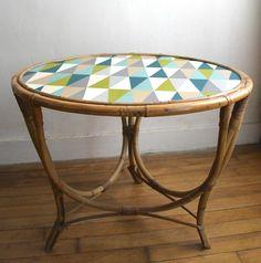 table-rotin-vintage-losange                                                                                                                                                      Plus
