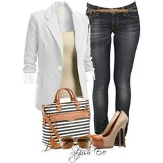 """22 Amazing Jeans Outfit Ideas  DEB: Love this whole ensamble. Purse is adorable, great jean cut.....For us skinny people, straigh tlegged jeans always give you a """"figure"""" and thinish belts."""