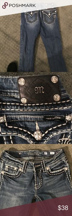Miss me jeans Cute miss me jeans. Size 27. Bootleg. Like new condition. Miss Me Jeans Boot Cut