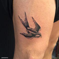 #swallow #origami #tattoo #ツバメ #折紙 #タトゥー #reikotattoo #studiokeen #threetidestattoo #tokyo #名古屋 #大須 #矢場町 #東京