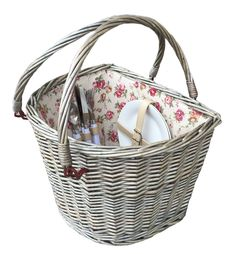 2 Person Fitted Bicycle Picnic Basket is at a great price. Shop now before they're gone in a flash! Visit - http://redhamper.co.uk/2-person-fitted-bicycle-picnic-basket/  #fittedpicnicbaskets #shoppingbaskets