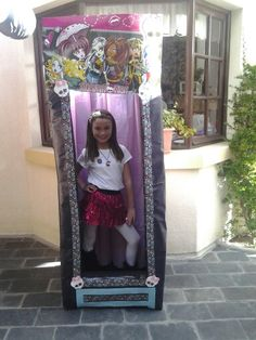 Monster High doll box