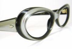 Love retro cat-eye glasses!