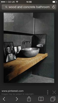 Love the wooden shelf for the basin