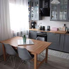 Home Decor Kitchen, Kitchen Furniture, Kitchen Interior, Home Kitchens, Küchen Design, House Design, Cozy House, Home And Living, Kitchen Remodel