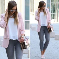 Stylish 30 Attractive Blazer Outfits Ideas For Women 2019 Pink Blazer Outfits, Grey Pants Outfit, Casual Work Outfits, Business Casual Outfits, Mode Outfits, Work Attire, Stylish Outfits, Fall Outfits, Fashion Outfits