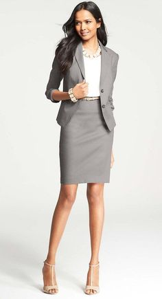 to Wear to a Job Interview A fashionable yet conservative interview attire option to wear to your next interview.A fashionable yet conservative interview attire option to wear to your next interview. Business Dresses, Business Outfits, Business Attire, Business Fashion, Business Women, Business Chic, Business Professional Women, Fashion Mode, Office Fashion