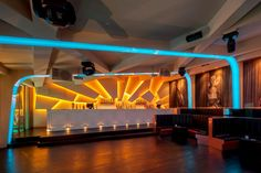 The Night Club Eskada Porto is a magnificent entertaining place located in Portugal, which was designed by AAMD. If you're feeling like changing the place Pub Interior, Interior Design, Restaurant Design, Restaurant Bar, Karaoke, Bar Counter Design, Nightclub Design, Bar Design Awards, Cafe Bar