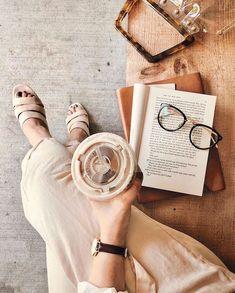 Aesthetic Coffee, Beige Aesthetic, Book Aesthetic, Coffee And Books, Coffee Love, Iced Coffee, Coffee Shop, Coffee Drinks, Coffee Maker