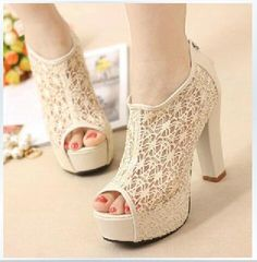 I found some amazing stuff, open it to learn more! Don't wait:http://m.dhgate.com/product/2015-fashion-women-lace-fish-mouth-high-heels/212391937.html