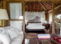 L'idée de départ : Recréer une ambiance vacances au bout du monde en reprenant les codes d'une chambre dans une cabane sur la plage.