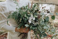 An earthy woodland wedding shoot inspired by animal masks and a wild winter bouquet of seedheads, feathers and ferns. Plus romantic vintage wedding dresses. Vintage Wedding Centerpieces, Winter Wedding Decorations, Winter Wedding Flowers, Pine Cone Wedding, Vintage Winter Weddings, Woodland Wedding Inspiration, Winter Bouquet, Country Barn Weddings, Rustic Bouquet