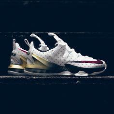 Nike LeBron XIII 'USA'