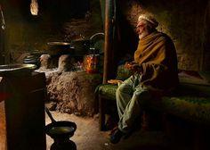 "525 Me gusta, 11 comentarios - Sabrina Nicolazzi (@magbrinik) en Instagram: ""Breakfast time in Hunza Valley, Pakistan #passionpassport #pakistan #himalaya #desi_diaries…"""