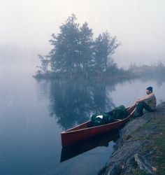 foggy morning by the lake with a canoe, scenery Canoe And Kayak, Canoe Trip, Go Camping, Kayaking, Canoeing, The Great Outdoors, Wilderness, Cool Pictures, Beautiful Pictures