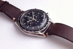 19 Extremely Stylish Men Pick Their Favorite Watch Omega Speedmaster, Suit And Tie, Stylish Men, Omega Watch, Watches, Luxury, Fashion Design, Accessories, Style