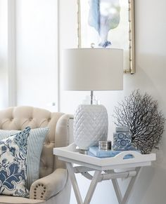 Pairing whites, neutrals and light pops of blue together makes for a calm, elegant vibe for your space. perfect for a Hamptons home 💙⁠ . Hamptons Living Room, Hamptons House, My Living Room, The Hamptons, Living Room Decor, Ethan Allen, Hamptons Style Decor, Modern Bungalow House, White Decor